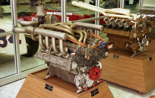 Ford-Foyt engine